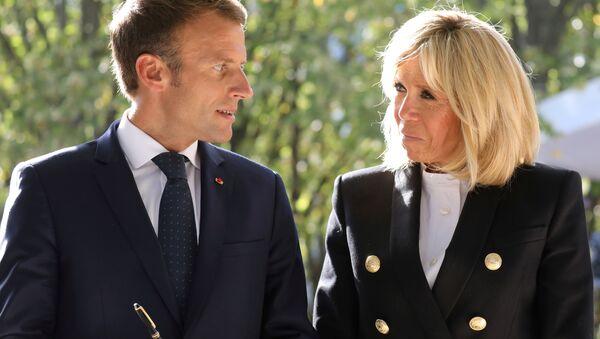 Emmanuel Macron-Brigitte Macron  - Sputnik Türkiye