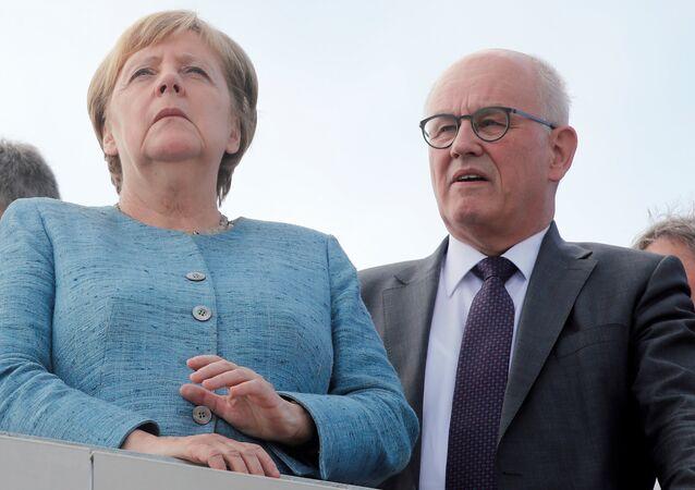 Almanya Başbakanı Angela Merkel- Eski Parlamento Grubu Başkanı Volker Kauder