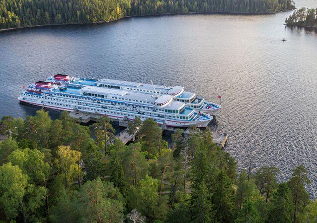 Karelya'daki Valaam Adası