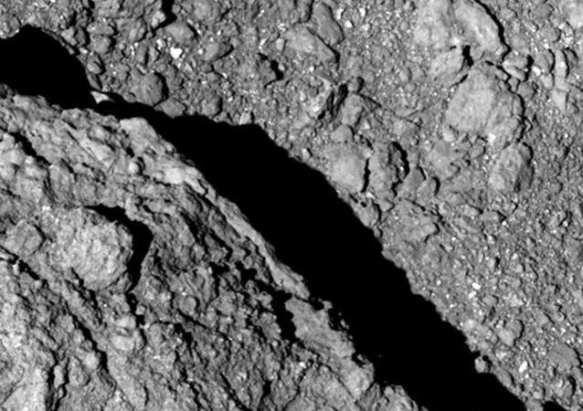 280 milyon kilometre uzaklıkta bulunan asteroitten ilk fotoğraflar geldi