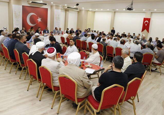 Şanlıurfa Valisi Suriyelilere seslendi: Misafirliğin gereğini bilin