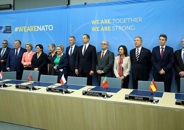 NATO Savunma Bakanları Toplantısı