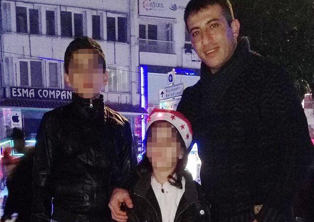 13 yaşındaki çocuk, annesiyle tartışan babasını uyurken öldürdü