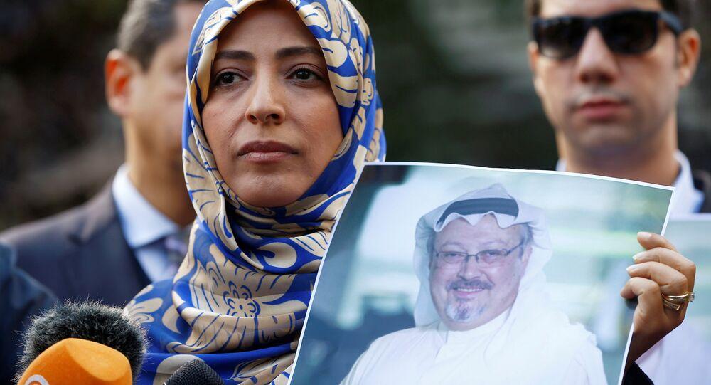 Suudi Arabistan'ın İstanbul Başkonsolosluğu önünde Cemal Kaşıkçı için gösteri düzenleyenler arasında Nobel Barış Ödüllü Yemenli aktivist Tevekkül Kerman da vardı.