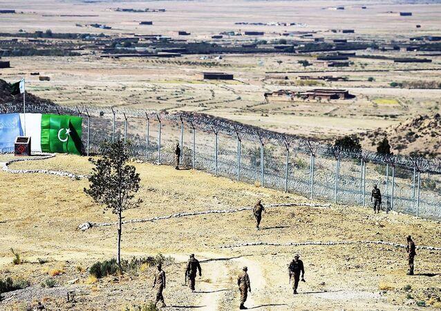 Afganistan - Pakistan sınırı