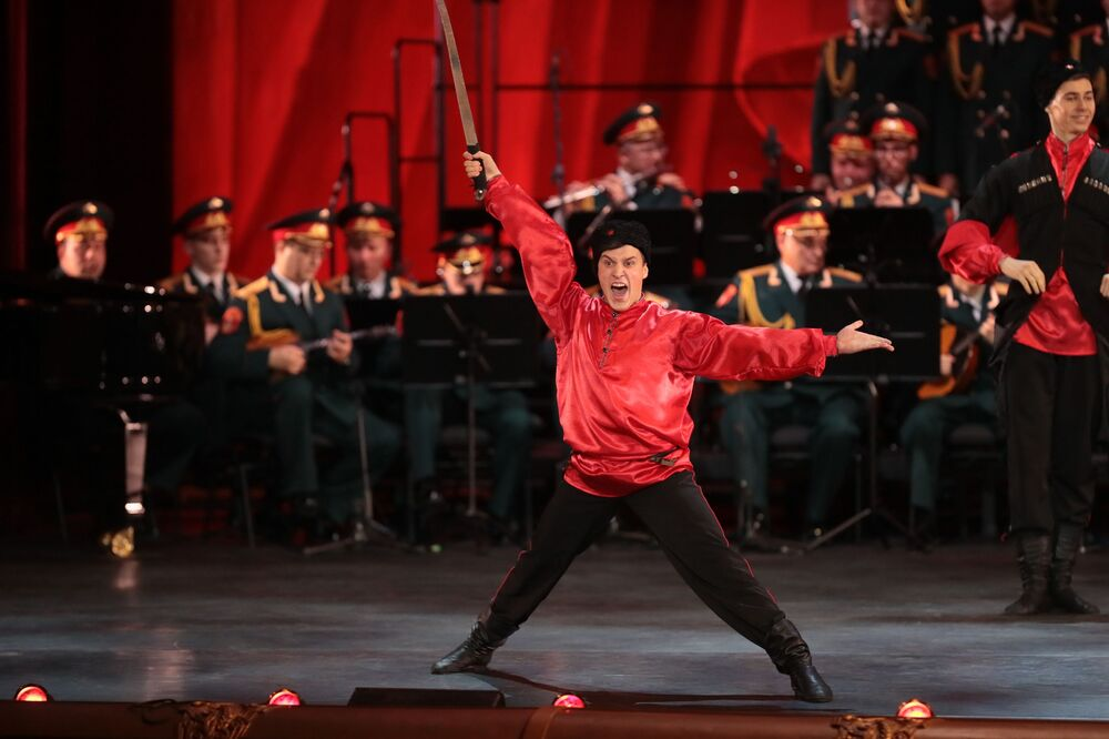 Aleksandrov Rus Kızılordu Korosu kuruluşunun 90. yıldönümü