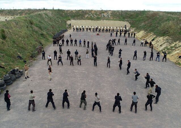 16 bin polis ve bekçiye komando eğitimi