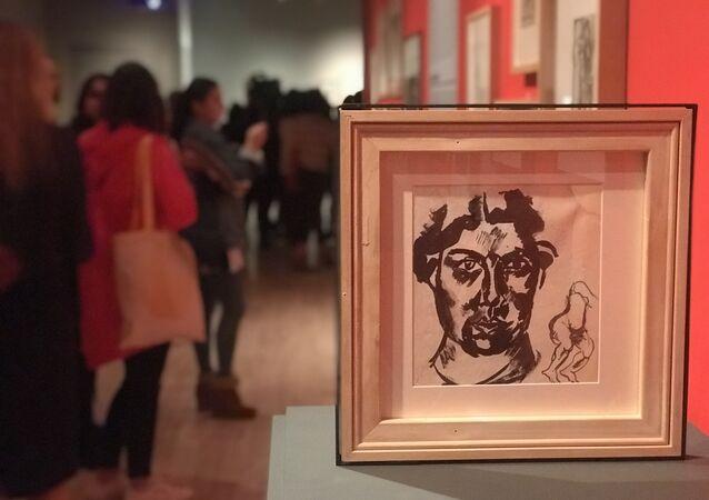 """""""Rus Avangardı. Sanat ve Tasarımla Geleceği Düşlemek"""" sergisinden bir kare"""