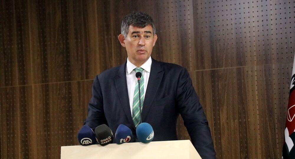 Türkiye Barolar Birliği Başkanı Metin Feyzioğlu, Düzce Barosu'nun yeni hizmet binasının açılış törenine katıldı.