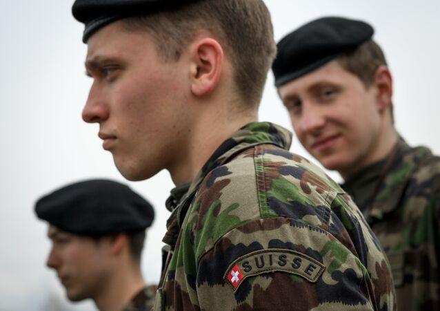 İsviçre - asker