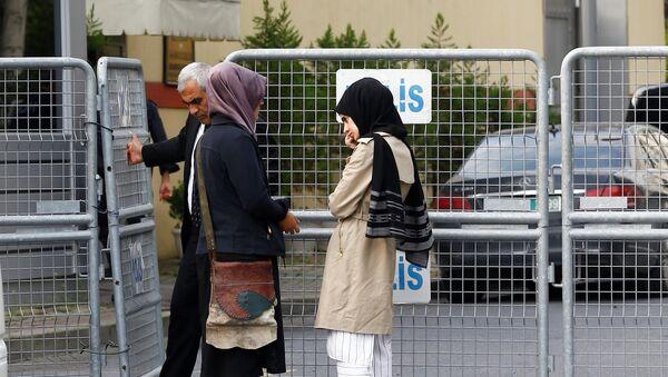 Suudi Arabistan yönetiminin, 2 Ekim'de girdiği İstanbul Başkonsolosluğu'nda öldüğünü açıkladığı Washington Post Yazarı Cemal Kaşıkçı'nın nişanlısı Hatice Cengiz - Sputnik Türkiye