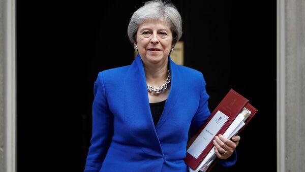 İngiltere Başbakanı Theresa May - Sputnik Türkiye