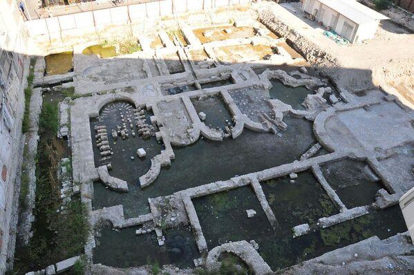 İzmir'in Konak ilçesinde bulunan Roma imparatorluk salonu - Sputnik Türkiye