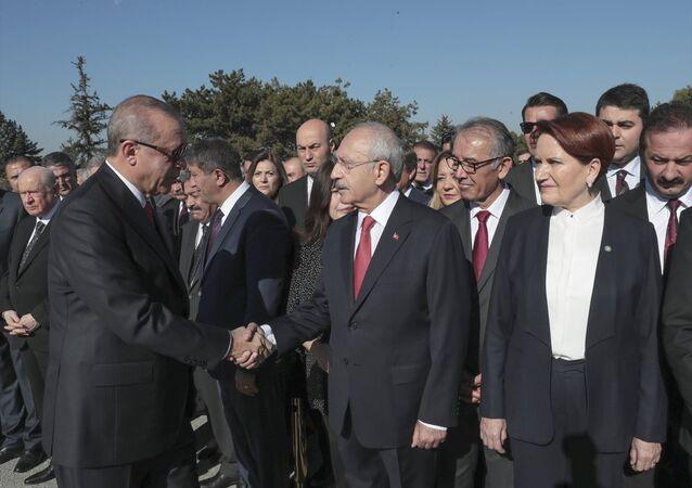 Recep Tayyip Erdoğan - Kemal Kılıçdaroğlu