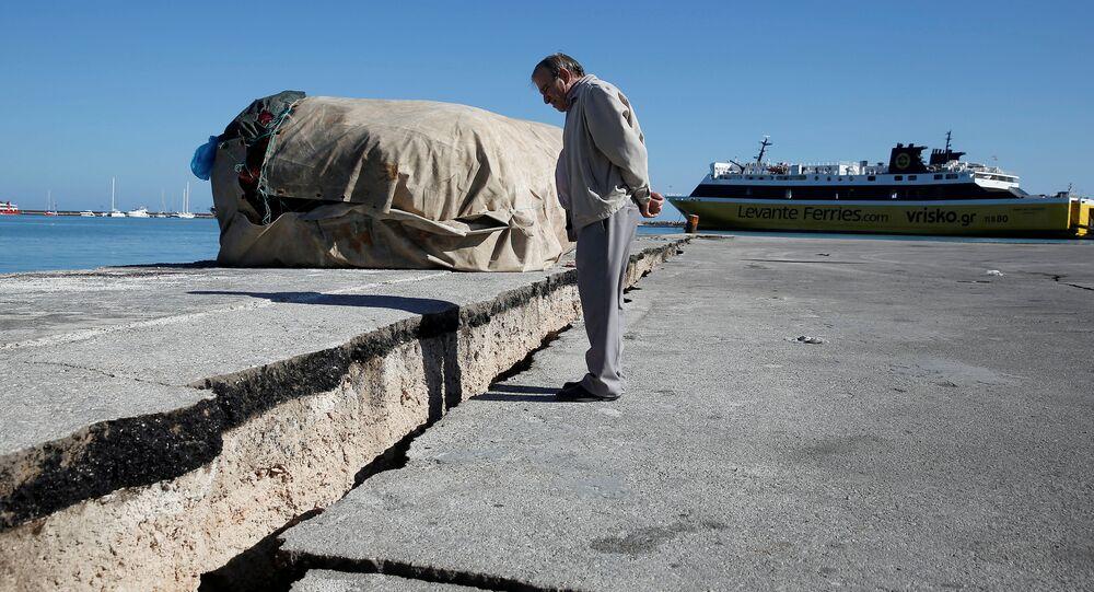 Zakinthos adası deprem sonrası 3 santimetre güneybatıya kaydı