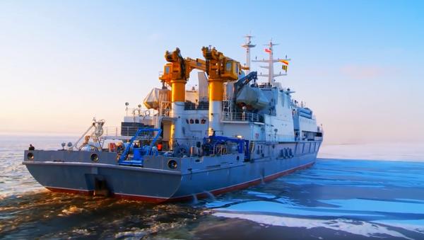Rus askeri dalgıçlar 416 metre dibe iniş yaptı, rekora imza attı - Sputnik Türkiye