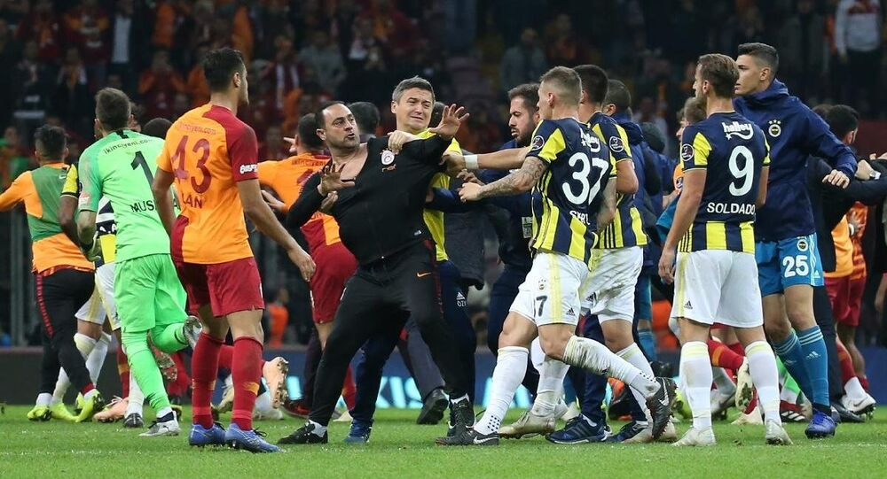 Galatasaray - Fenerbahçe - Hasan Şaş