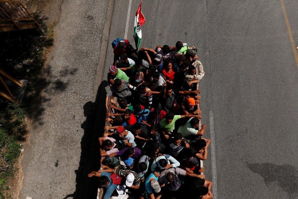 ABD'ye yürüyen göçmen konvoyu