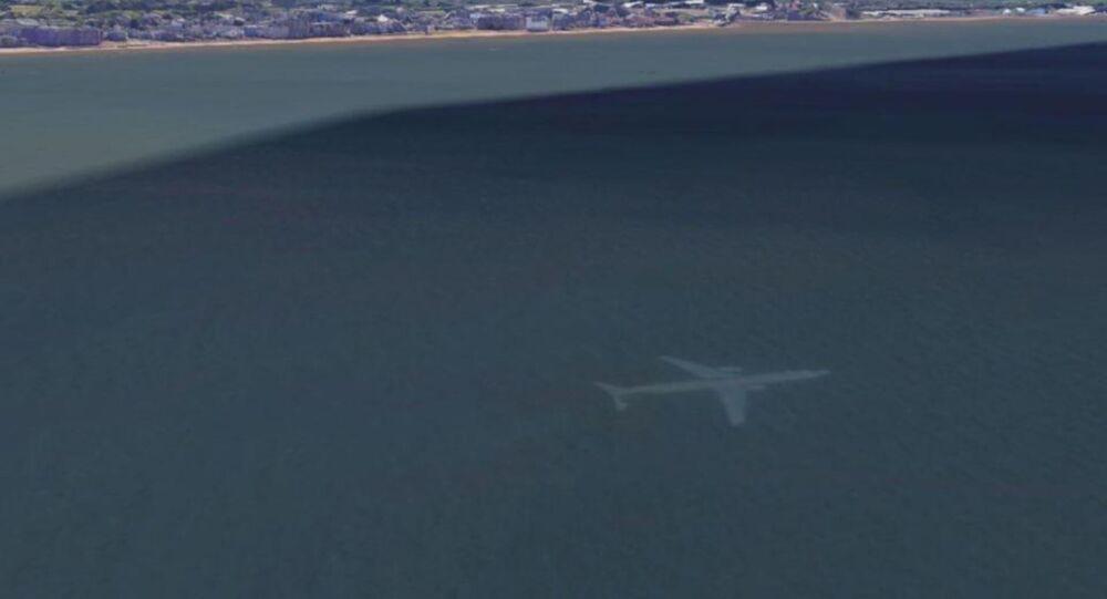 Google Earth'te uçak 'batığı' keşfedildi