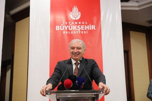 İstanbul Büyükşehir Belediye Başkanı Mevlüt Uysal - Sputnik Türkiye