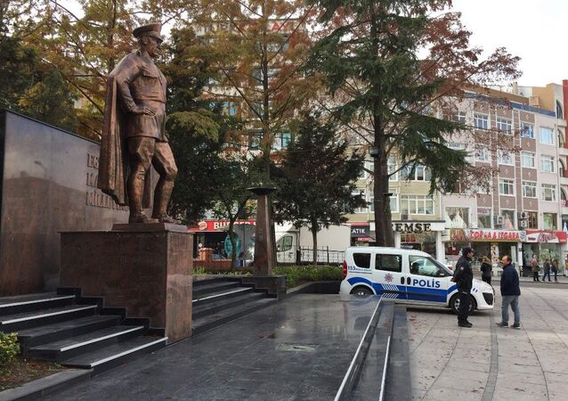 Tekirdağ'ın Çorlu ilçesinde saldırıya uğrayan Atatürk Anıtı