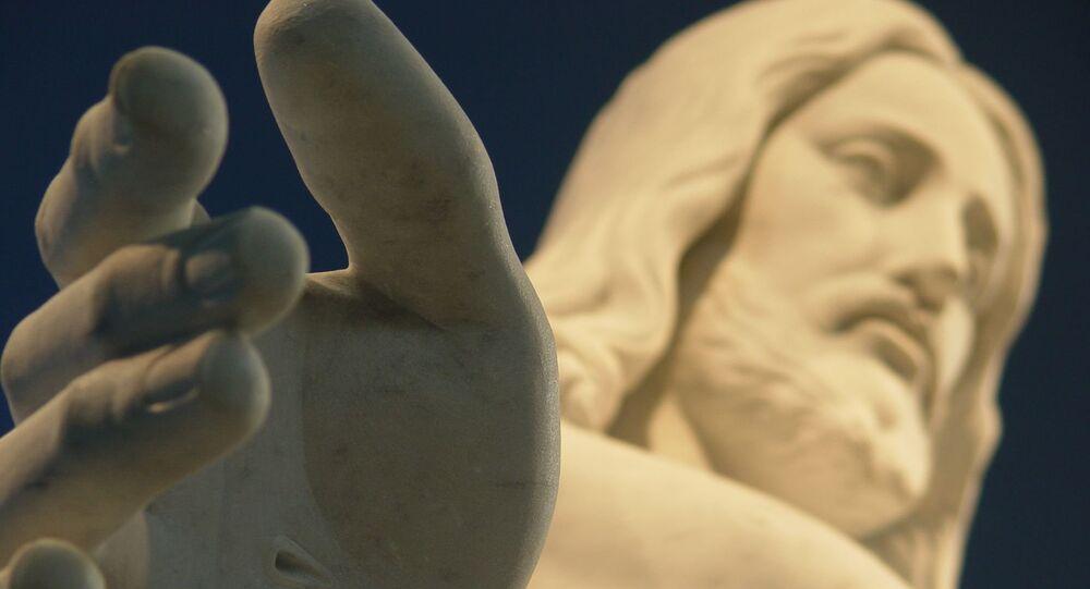 Una estatua de Jesucristo