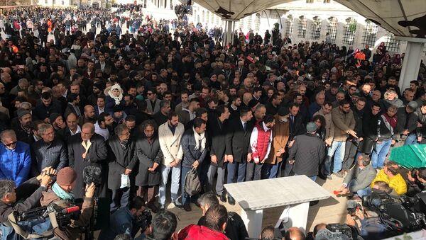 Cemal Kaşıkçı için gıyabi cenaze namazı kılındı - Sputnik Türkiye