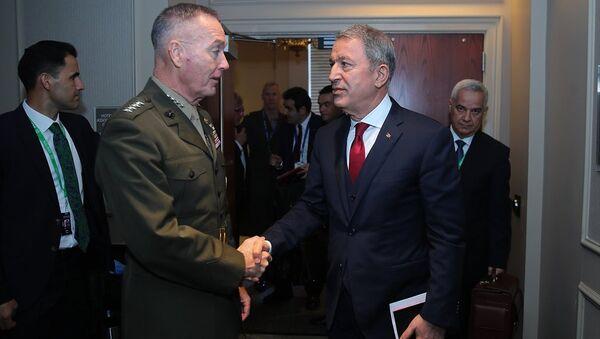 Milli Savunma Bakanı Hulusi Akar- ABD Genelkurmay Başkanı Orgeneral Joseph Dunford - Sputnik Türkiye