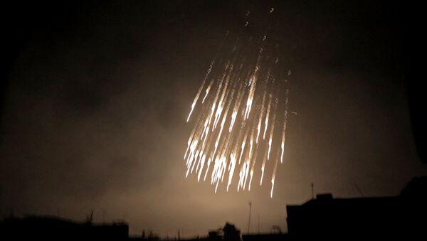 Beyaz fosfor bombaları - Sputnik Türkiye