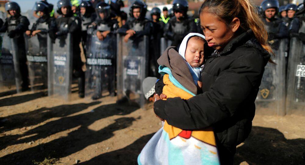 ABD-Meksika sınırındaki göçmenler
