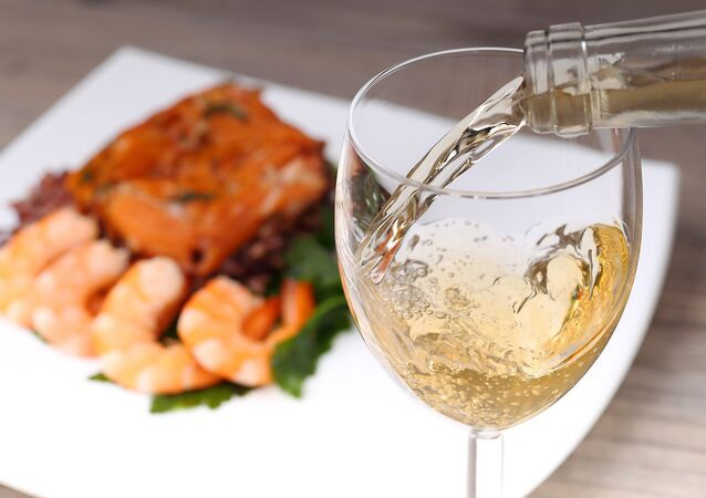 Şarap ve balık