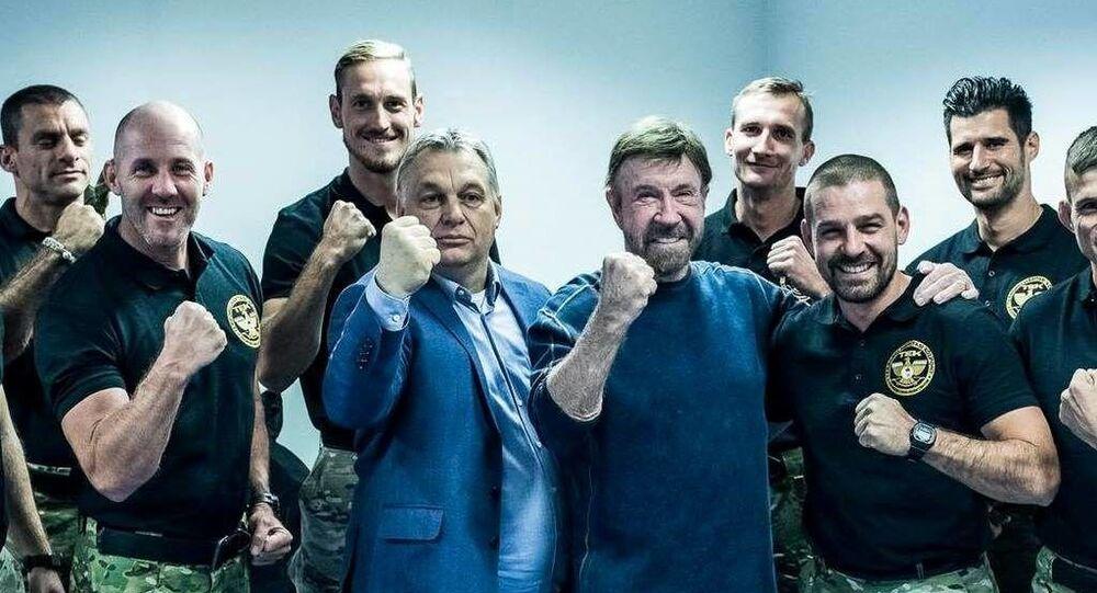 Orban ile Norris'ten Macar terörle mücadele timine ziyaret