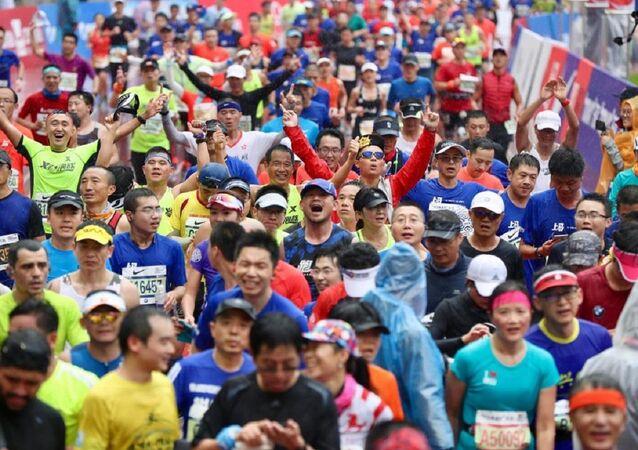 Çin'in Şenzen kentinde düzenlenen yarı maraton