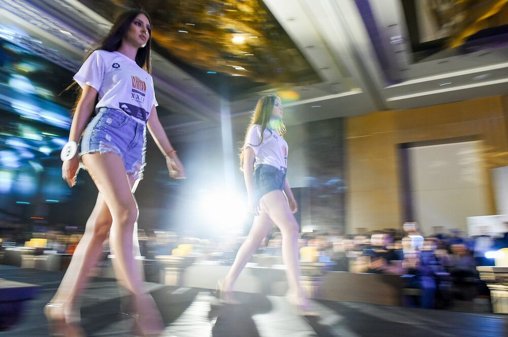 Bakü'de Best Model of Azerbaijan Yarışması