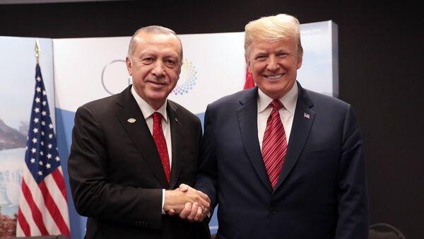 Türkiye Cumhurbaşkanı Recep Tayyip Erdoğan ve ABD Başkanı Donald Trump - G20 - Sputnik Türkiye