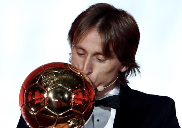 2018 Ballon d'Or ödülünün sahibi Modric oldu