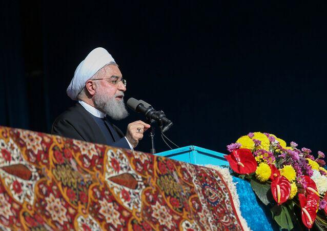 Ruhani: Biz petrol ihraç edemezsek, Körfez'deki hiçbir ülke edemez - Hasan Ruhani