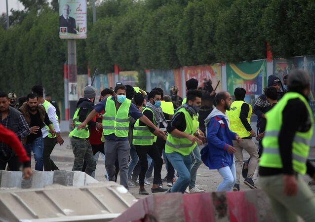 Basra'daki Sarı Yelekler