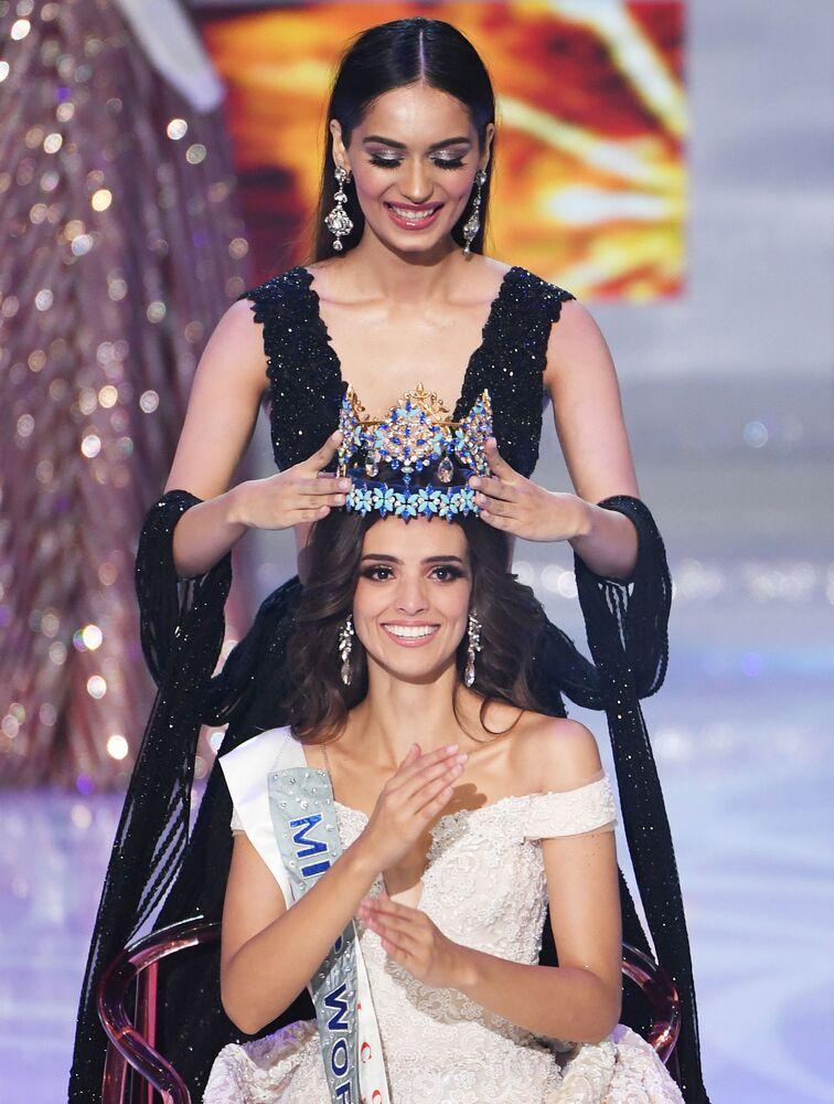 Meksikalı güzel, Miss World 2018 tacını, geçen yılın birincisi Hindistanlı Manushi Chhillar'dan aldı.