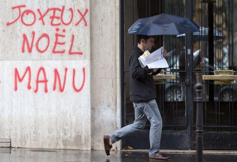 Paris'te gösteriler