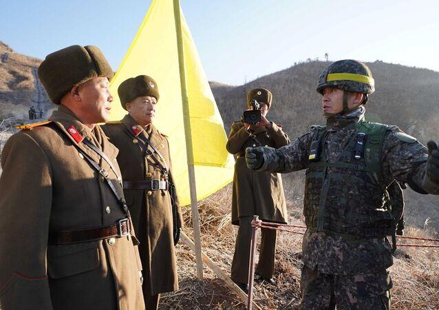 Güney ve Kuzey Kore, karşılıklı nöbet noktalarının kaldırdı