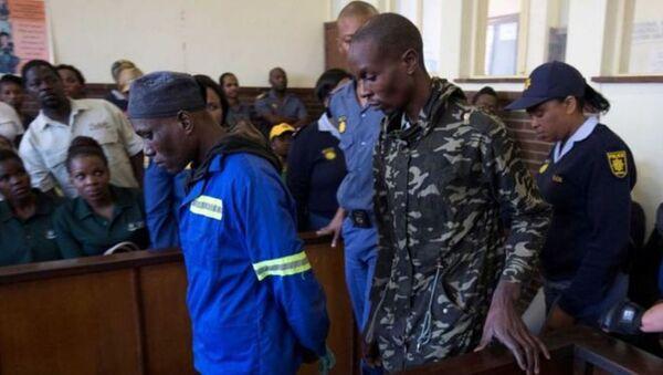 Güney Afrika'da 'İnsan eti yemekten bıktım' diyerek polise teslim olan büyücüye müebbet hapis - Sputnik Türkiye