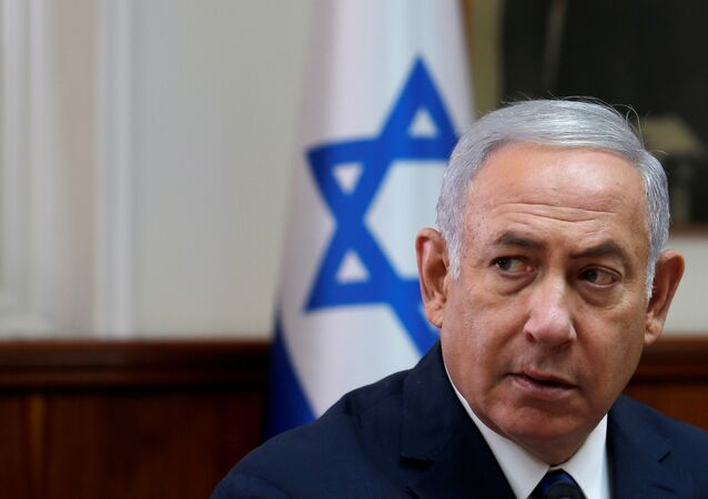 Israeli Prime Minister Benjamin Netanyahu attends the weekly cabinet meeting at the Prime Minister's office in Jerusalem September 5, 2018