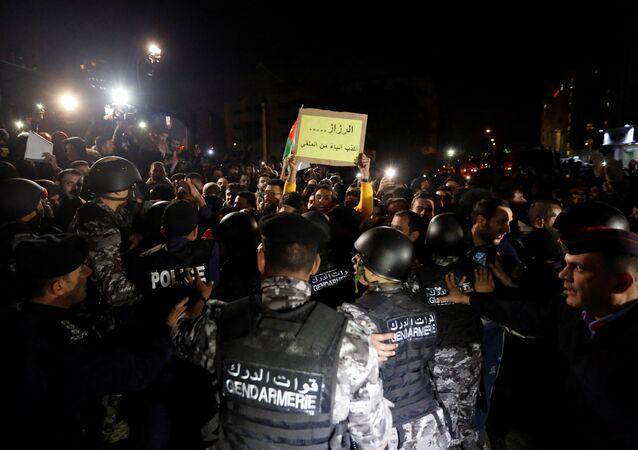 Ürdün'de vergi protestoları