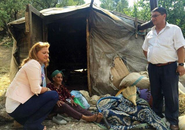 Afyonkarahisar'ın Dinar ilçesinde yaşadığı barakada geçen ay çıkan yangında yaşamını yitiren Hanife Kaçar