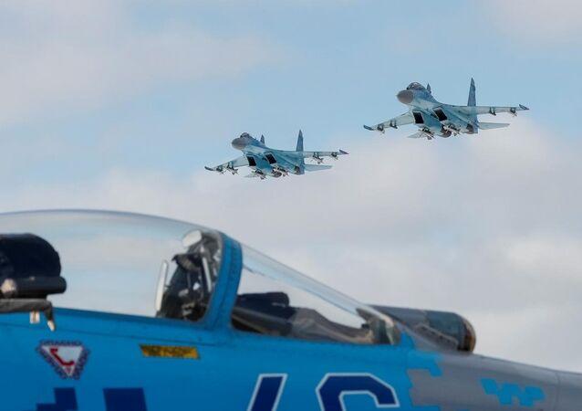 Ukrayna Hava Kuvvetleri'ne ait Su-27