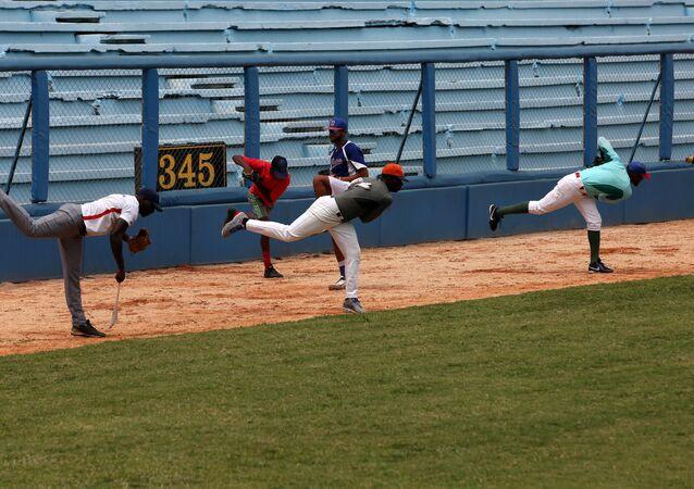 Kübalı beyzbol oyuncular
