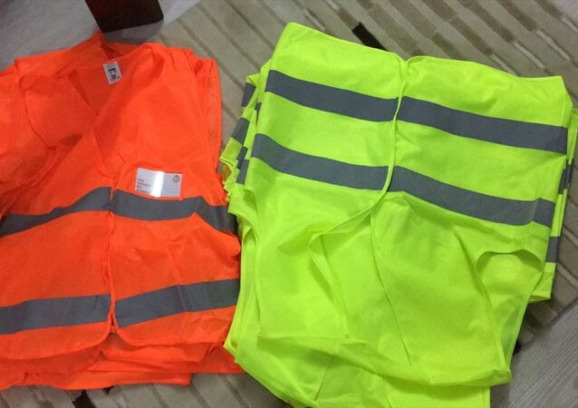 Bursa'da FETÖ operasyonu: 19 sarı, 9 kırmızı yelek ele geçirildi