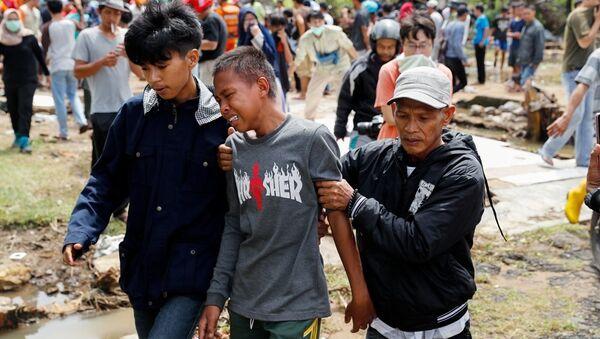 Endonezya'daki tsunami - Sputnik Türkiye