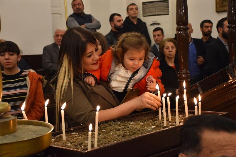 Hatay'da, Noel dolayısıyla İskenderun'daki Ortodoks kiliselerinde ayin